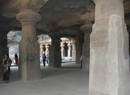 Elephanta Caves: The caves at Elephanta Island