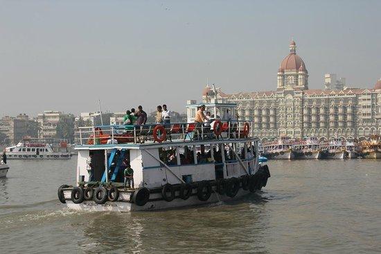 Elephanta Caves: The Elephanta Island boat returning to Mumbai harbor