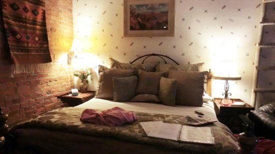 Inn at 410 Bed and Breakfast 사진