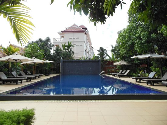 Central Boutique Angkor Hotel: the swimmingpool