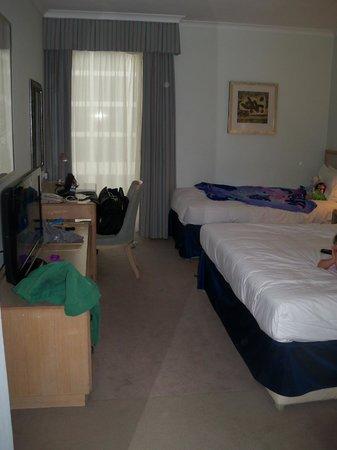 Hilton London Gatwick Airport : Triple room