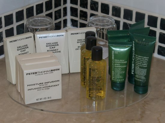 Hilton London Gatwick Airport: toiletries