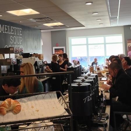 Cafe Patachou: the bar and coffee line up