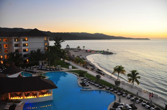 Secrets Wild Orchid Montego Bay: Balcony view at sunset