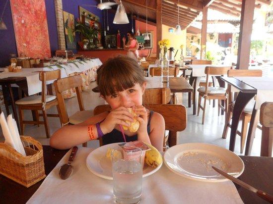 Pousada Coqueiros: desayunador y comedor
