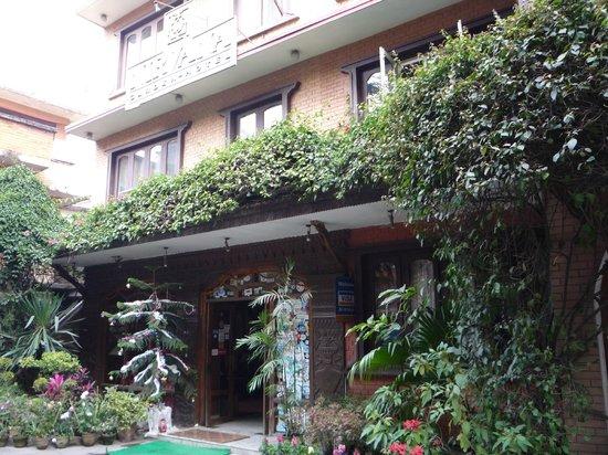 Nirvana Garden Hotel: Front Door