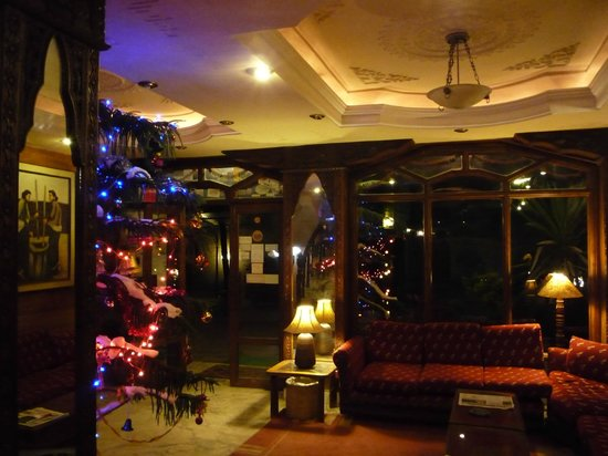 Nirvana Garden Hotel: The Lobby