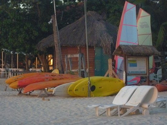 Couples Swept Away: Water sports area