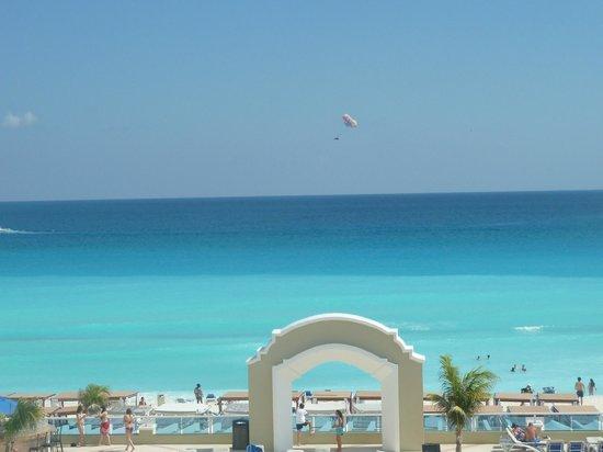 Gran Caribe Resort: beach