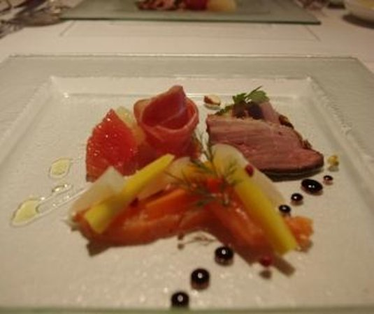 Restaurant Bron Ronnery: 前菜盛り合わせは季節によって変わります☆