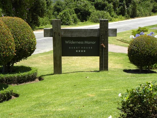 Wilderness Manor Guest House 사진