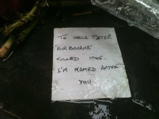 Bomber Command Memorial: Awesome note