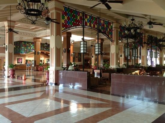 Hotel Riu Montego Bay : Lobby in the morning