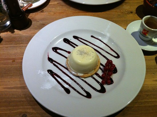 The Percy Arms: Pannacotta