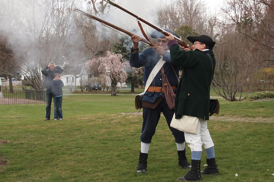 Lexington, MA: Minutemen Musket Firing