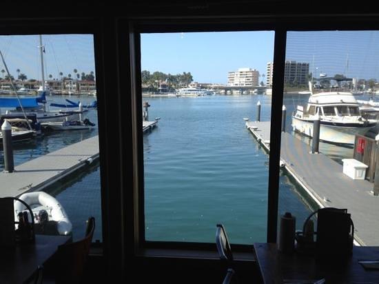 DivBar Smokehouse BBQ : Water View