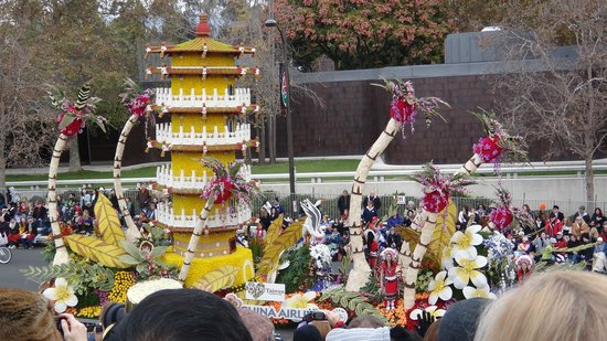 Tournament of Roses Association: nice float
