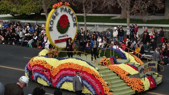 Tournament of Roses Association: cool float in the 2013 parade