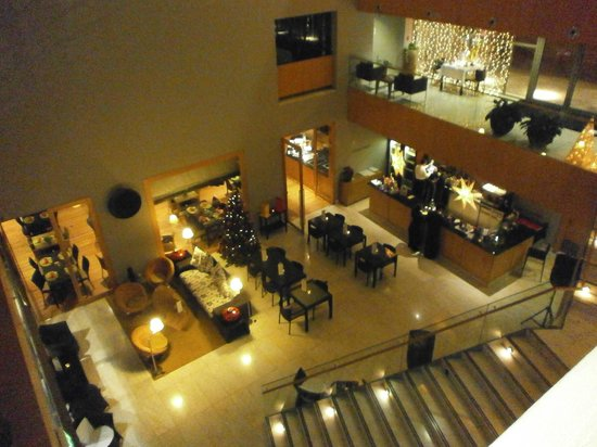 Golden Residence: Lounge/Bar