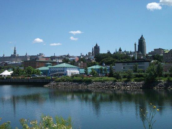 Old Port: Le Marché du Vieux Port de Québec