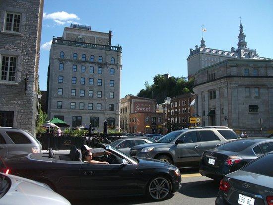 Old Port (Vieux-Port): La rue St-André