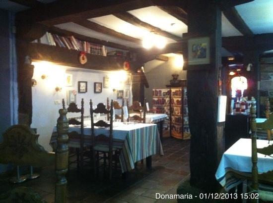 Donamaria'ko Benta: Interior
