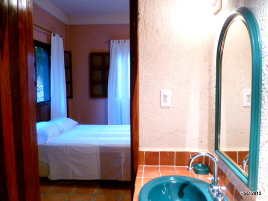 Hacienda Hotel Santo Domingo: Family Suite, 2 bedrooms with one bathroom
