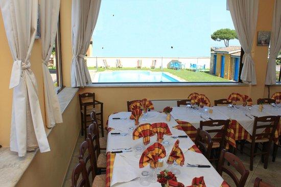 Peperosso B&B Restaurant : sala ristorante