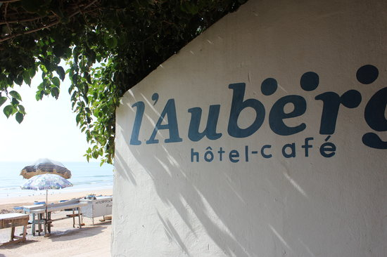 L'Auberge Restaurant: Welcome to the auberge