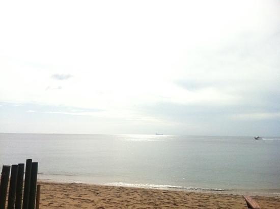 เดอะบีช บูติค รีสอร์ท: stranden
