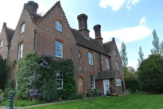 Sissinghurst Castle Farmhouse: the Farmhouse