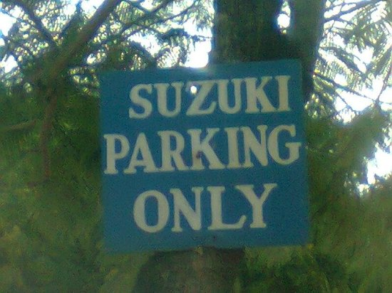 Hotel Slipway: strange message at parking lot
