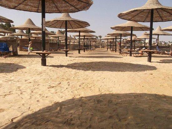 Jaz Dar El Madina: Beach ;)