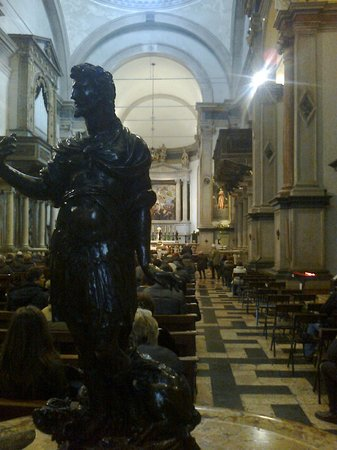 Chiesa di San Giorgio in Braida-Verona: Interni -Chiesa di S.Giorgio in Braida-Verona
