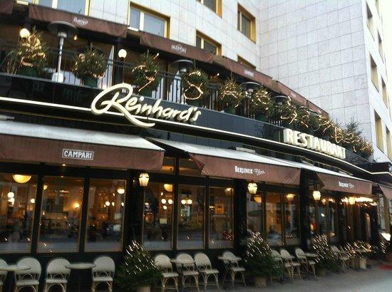 Reinhard's am Kurfurstendamm: Encouraging entrance