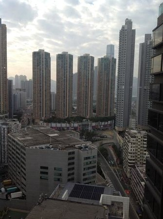 Rosedale Hotel Kowloon: view from our room at 27th floor