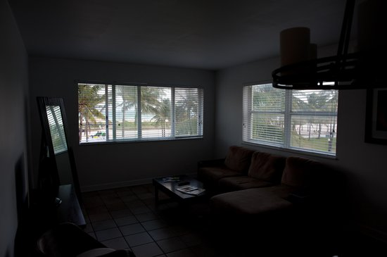 Casa Grande Suite Hotel of South Beach: Wide angle window view from den