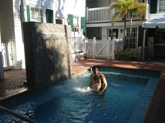 Albury Court Hotel in Key West: Pequeña piscina