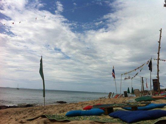Lanta Paragon : Strand