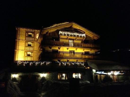 Hotel Miravidi : facciata
