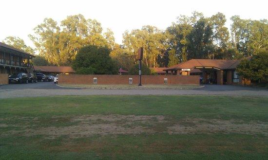 Advance Motel: Street View