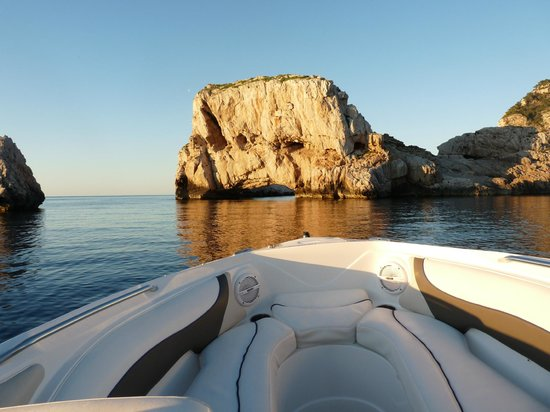 Boats Ibiza: only reached by boat