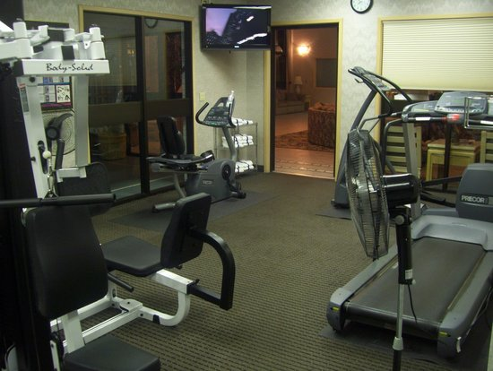 Shilo Inn Suites Hotel - Portland Airport: old gym