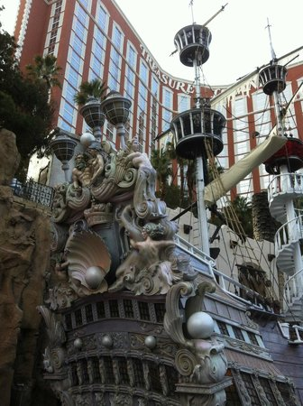 Treasure Island - TI Hotel & Casino: Love Treasure Island