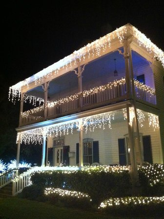 Bayfront Westcott House Bed & Breakfast: Christmas Lights