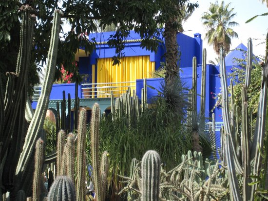 Yves saint laurent house picture of jardin majorelle for Jardin yves saint laurent