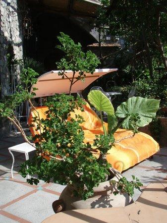 Villa Fiorentino: Lounge on terrace in Honeymoon Suite