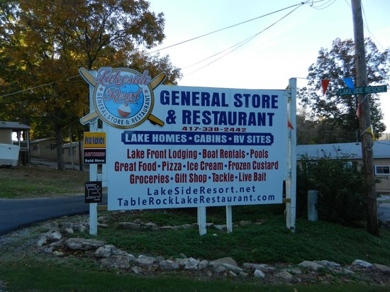 Lakeside Restaurant & General Store: You're here!