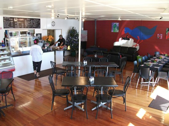 Pukekos Nest Cafe: Section of inside area