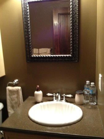Au Petit Marigot: Banheiro